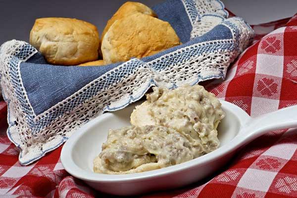 Sausage Gravy & Biscuits